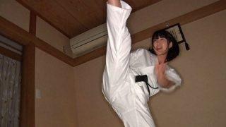 10年!!デカ尻美少女格闘家 浅田結梨 19歳 身長150cm Fカ  1 320x180 - 【浅田結梨】空手で鍛え上げたこのカラダ でも道着を脱げばドMだった