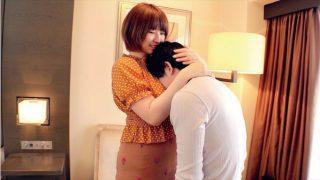「  320x180 - 【松本菜奈実】天然柔デカ神乳に童貞君フル勃起 人妻が優しく包み込む