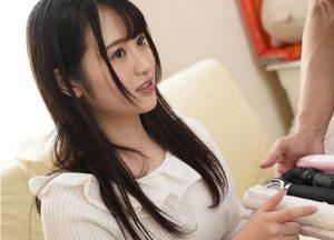 4本番 小野六花 300x216 - 【小野六花】18歳の性感帯を刺激する 美少女初尽くし オジサン、オイル、玩具、3P
